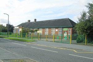27793711 Woodend school