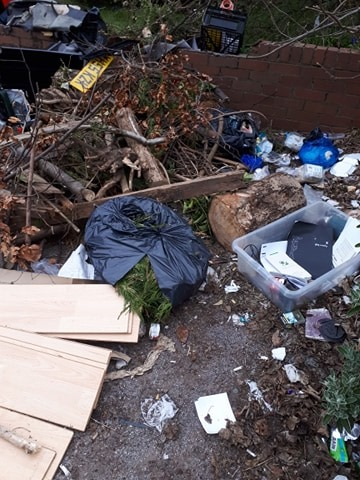 Fly Tip 1 photo91783674_208444597159558_3800772639341936640_n